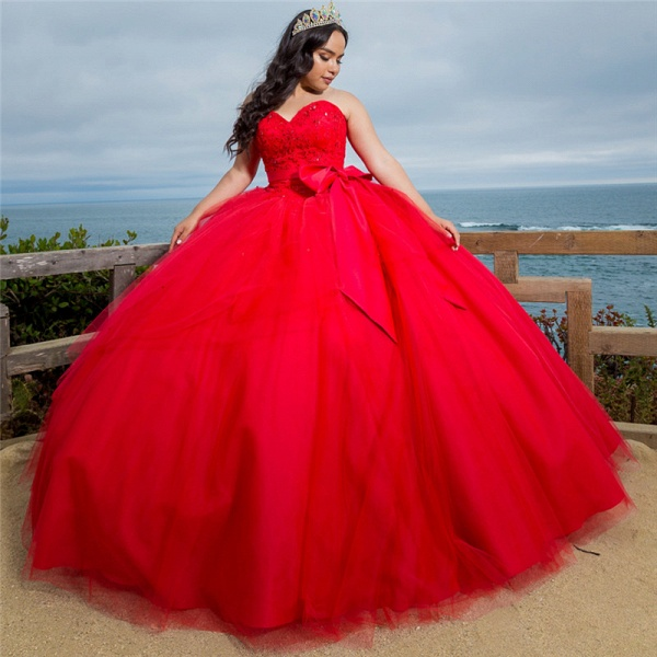 Gorgeous Red Sweetheart Sleeveless Shining Beadings Quinceanera Dress_1