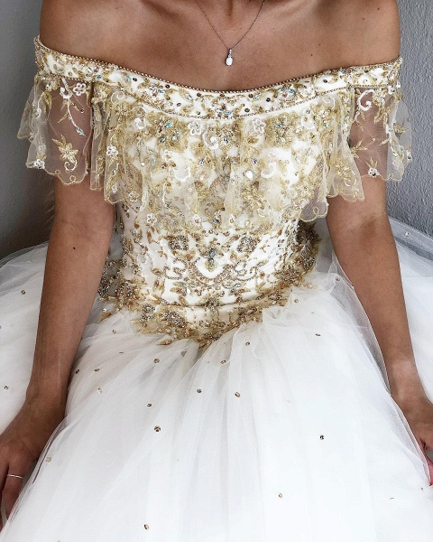 Fascinating Off-the-shoulder Tulle Ball Gown Quinceanera Dress_6