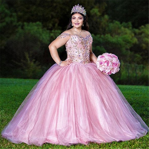 Latest Off-the-shoulder Tulle Ball Gown Quinceanera Dress_1