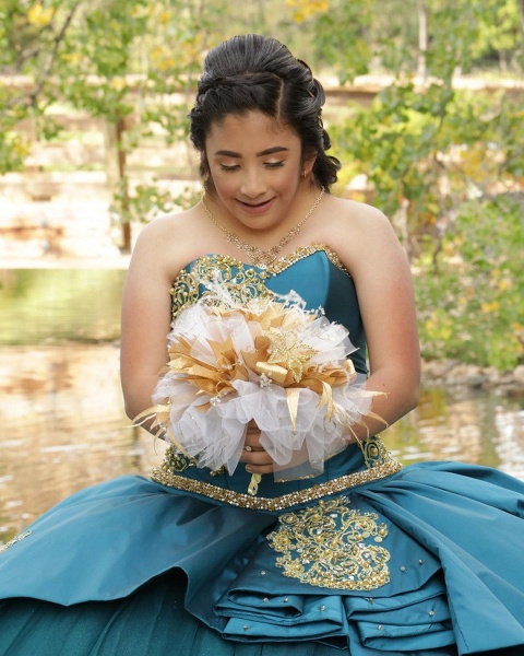 Attractive Sweetheart Satin Ball Gown Quinceanera Dress_5