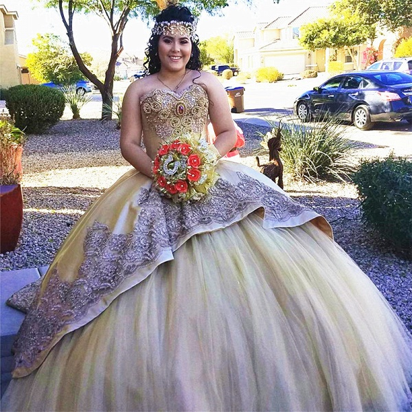 Chic Sweetheart Satin Ball Gown Quinceanera Dress_1