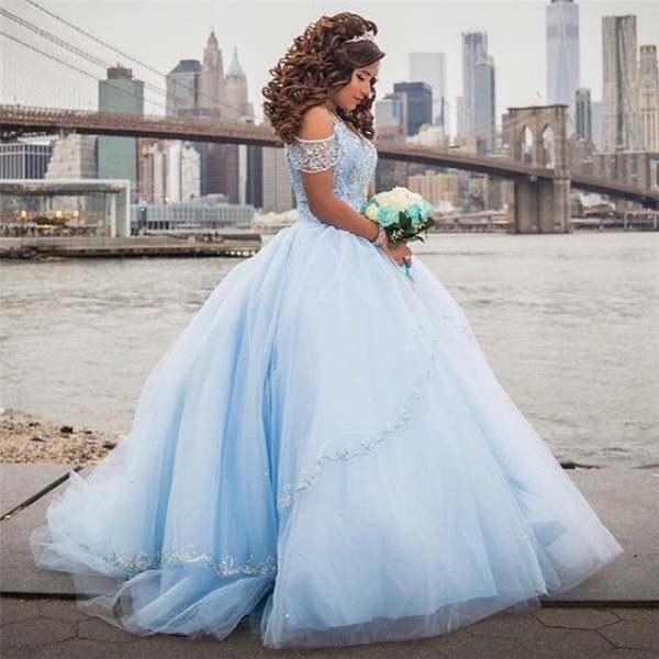 Latest Off-the-shoulder Tulle Ball Gown Quinceanera Dress_2