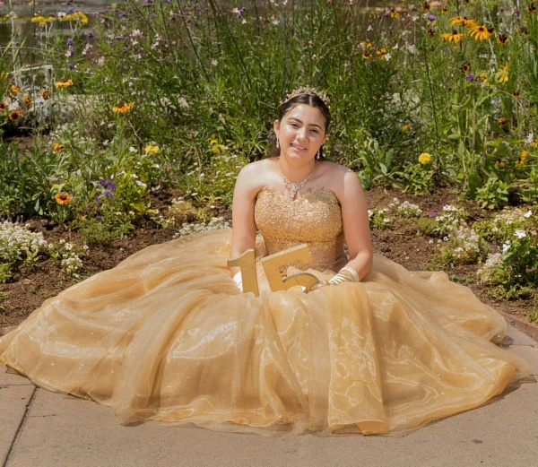 Eye-catching Sweetheart Tulle Ball Gown Quinceanera Dress_4
