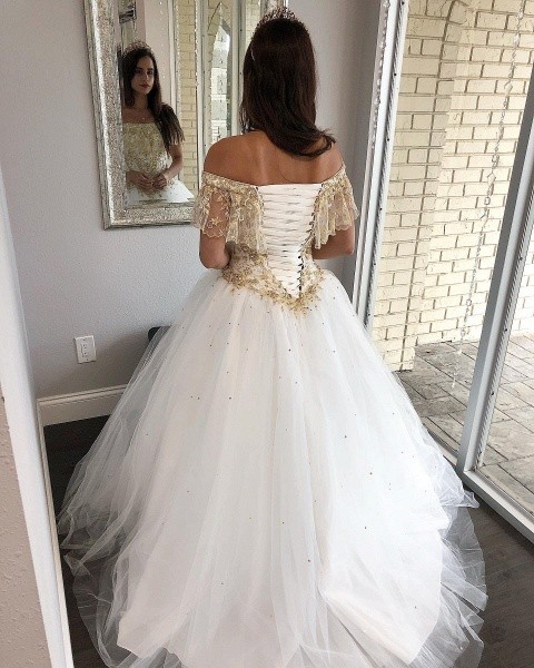 Fascinating Off-the-shoulder Tulle Ball Gown Quinceanera Dress_2