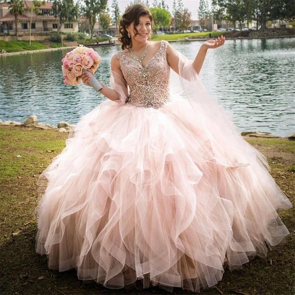 Elegant V-neck Tulle Ball Gown Quinceanera Dress_1