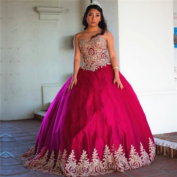 Elegant Sweetheart Tulle Ball Gown Quinceanera Dress_1