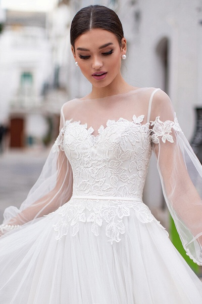 Long Sleeve A-line Appliques Tulle Wedding Dress_4