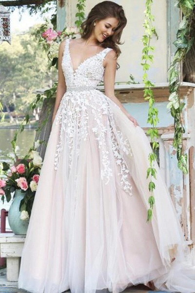 Appliques Tulle V-neck A-line Wedding Dress_1