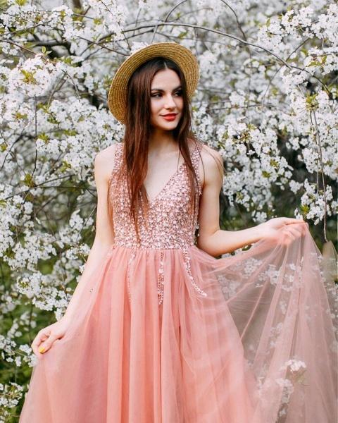 Awesome Beading V-Neck Tulle Evening Dress_2