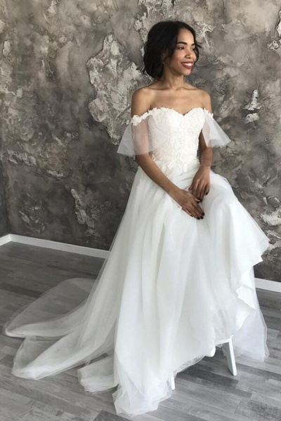 Amazing Appliques Tulle Chapel Train Wedding Dress_8