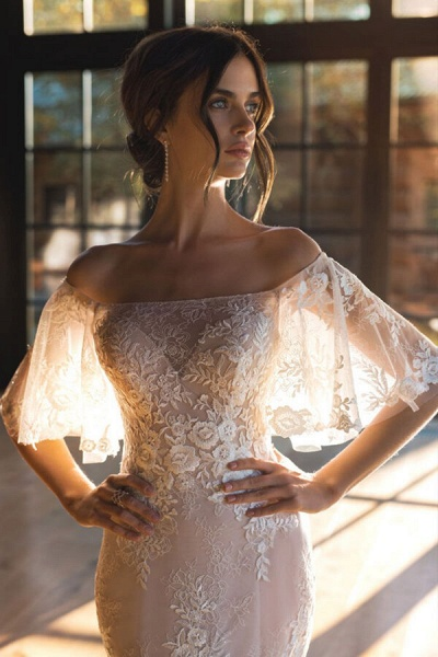 Awesome Off-the-shoulder Lace Sheath Wedding Dress_4