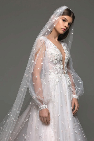 Long Sleeve Chapel Train Tulle A-line Wedding Dress_6