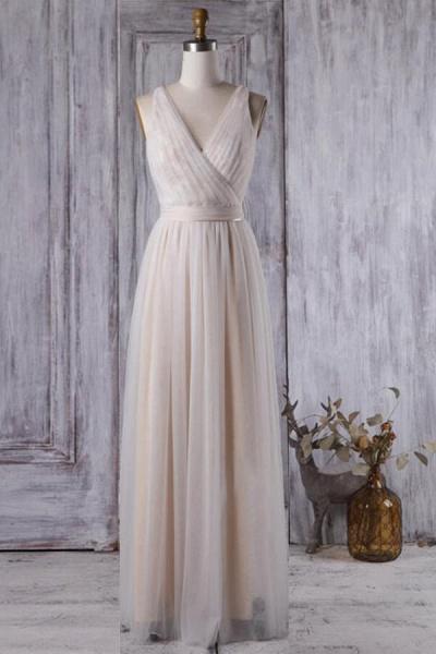 Ruffle V-neck Floor Length Lace Wedding Dress_1