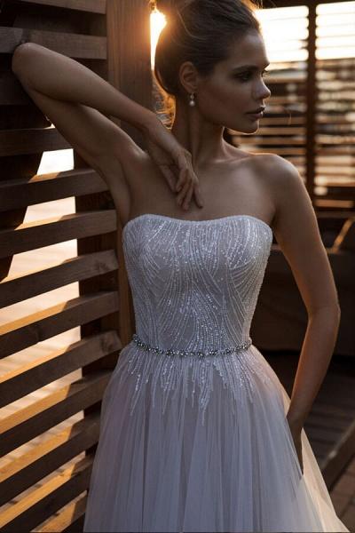 Strapless Beading Chapel Train A-line Wedding Dress_4