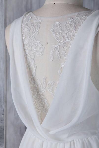 Elegant Ruffle Chiffon A-line Wedding Dress_5