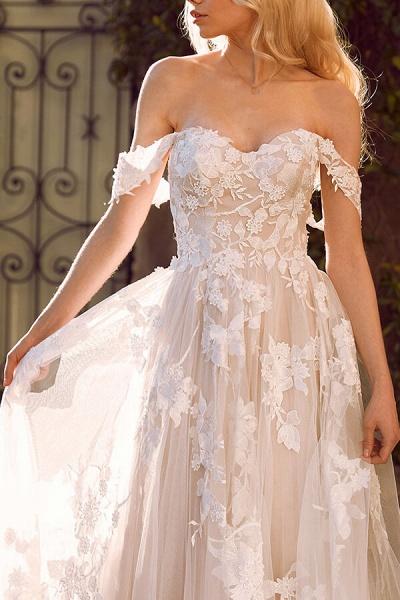 Elegant Chapel Train Appliques Tulle Wedding Dress_5