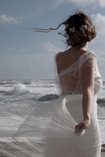Best V-neck Floor Length Tulle Sheath Wedding Dress_8