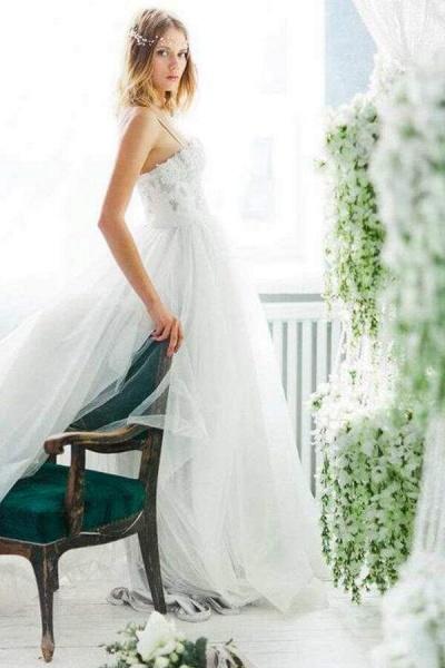 Best Spaghetti Strap Appliques Tulle Wedding Dress_7