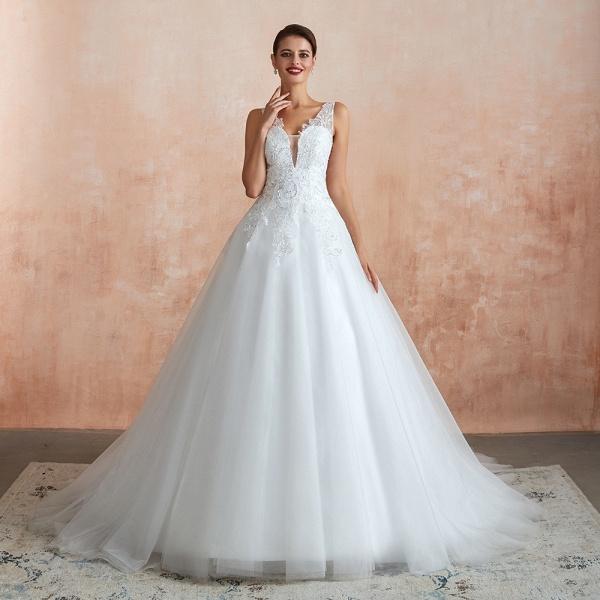 Exquisite Appliques Tulle A-line Wedding Dress_7