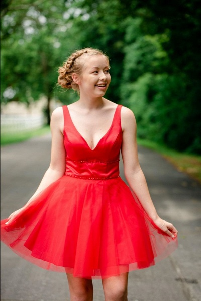 Simple V Neck Straps Red Homecoming Dress_1