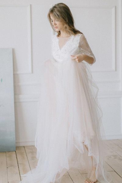 Elegant Lace Tulle A-line Sweep Train Wedding Dress_3