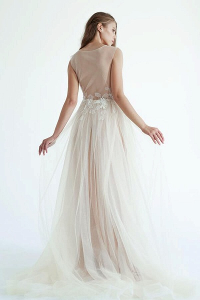 Latest V-neck Tulle A-line Wedding Dress_3