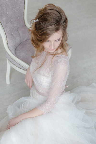 Amazing Sheer Lace Tulle Floor Length Wedding Dress_10