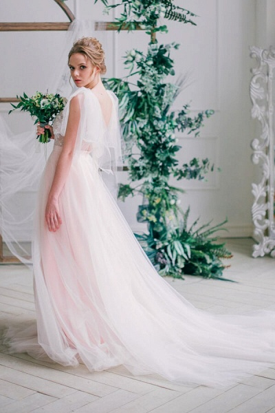 Amazing Tulle Chapel Train Wedding Dress_6