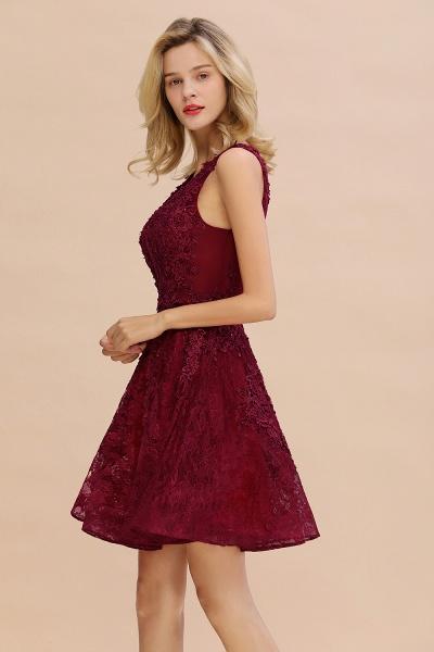 Princess V-neck Knee Length Lace Appliqued Homecoming Dress_7