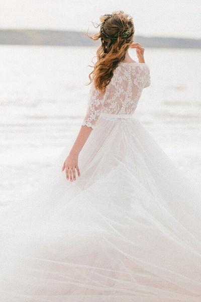 Modest V-neck Lace A-line Tulle Wedding Dress_4