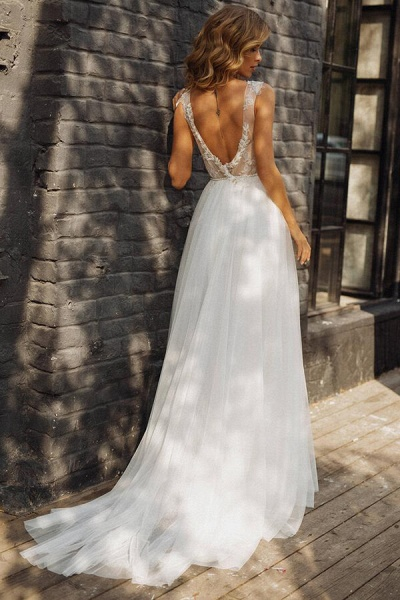 Elegant Tulle Appliques A-line Wedding Dress_3