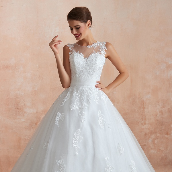 Amazing Illusion Appliques Tulle Wedding Dress_10