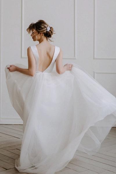 V-neck Chapel Train Tulle A-line Wedding Dress_3