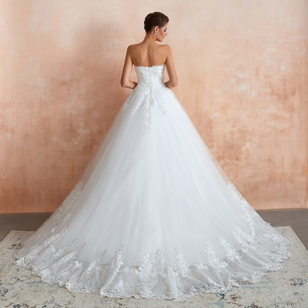 Stylish Strapless Appliques Tulle Wedding Dress_3