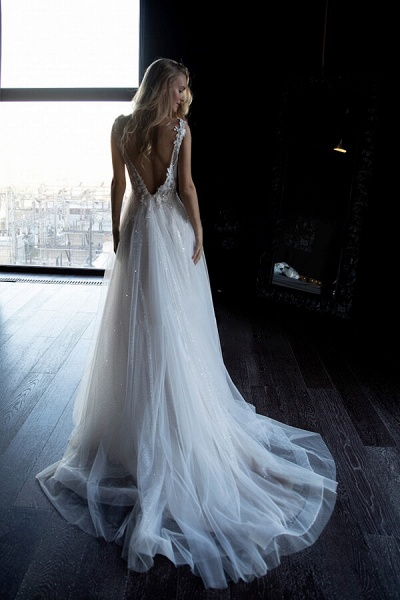 Amazing Appliques Tulle A-line Wedding Dress_3