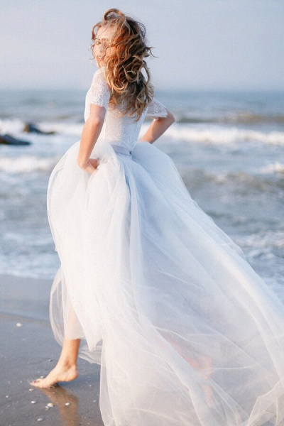 Awesome V-neck Lace Tulle A-line Wedding Dress_2