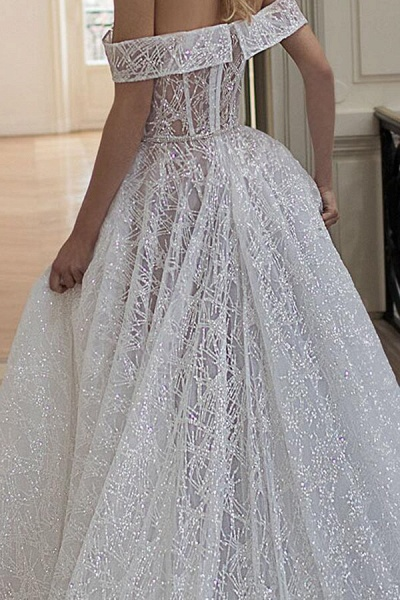Amazing Off-the-Shoulder A-line Wedding Dress_4