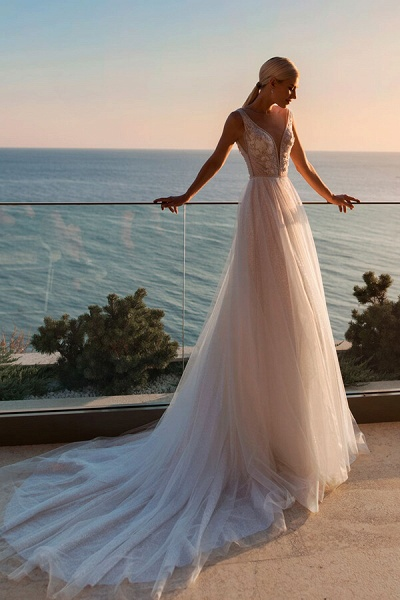 Applique Cathedral Train Tulle A-line Wedding Dress_2
