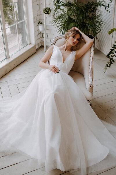 V-neck Chapel Train Tulle A-line Wedding Dress_4