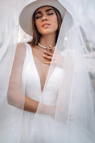 Elegant Sequins Chiffon Tulle A-line Wedding Dress_7