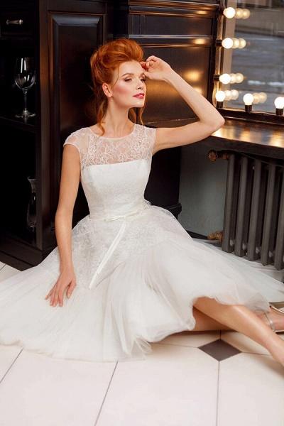Graceful Lace Tulle Knee Length Wedding Dress_4