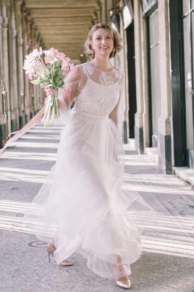 Latest Long Sleeve Tulle Floor Length Wedding Dress_1