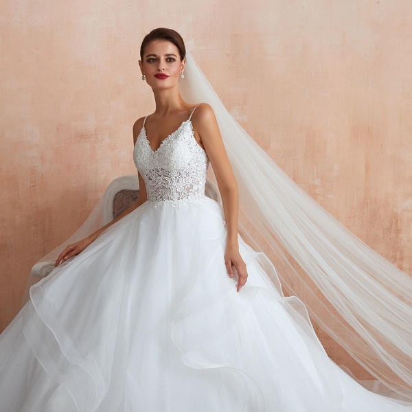 Glorious Appliques Tulle A-line Wedding Dress_9
