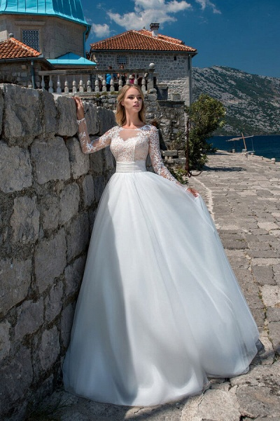 Long Sleeve Lace Tulle Ball Gown Wedding Dress_1