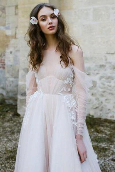 Chic Cold-shoulder Long Sleeve Tulle Wedding Dress_2