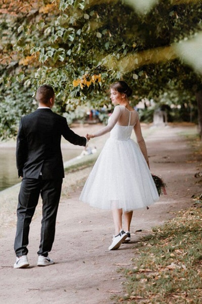 Illusion Long Sleeve Tulle A-line Wedding Dress_4