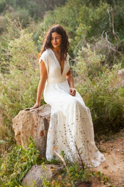Open Back V-neck Lace Floor Length Wedding Dress_4