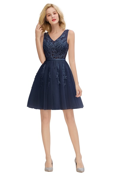 Sexy V-neck Lace-up Short Homecoming Dress with Lace Appliques_25