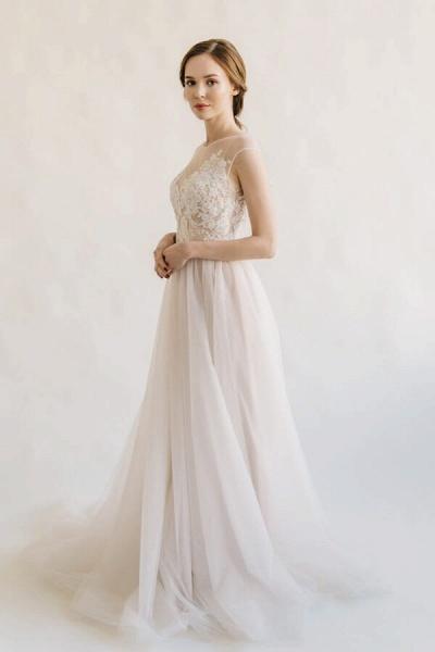 Elegant Appliques Tulle A-line Wedding Dress_5
