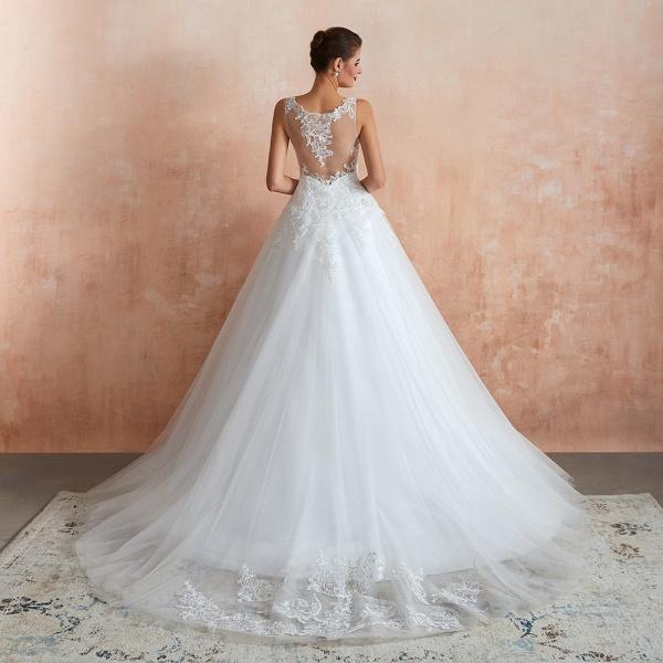 Exquisite Appliques Tulle A-line Wedding Dress_3